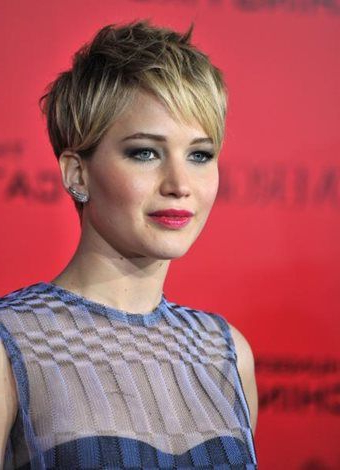 Black Celebrity Pixie Hairstyles 2018 Pictures | Short Hair Pertaining To Black Choppy Pixie Hairstyles With Red Bangs (View 13 of 25)
