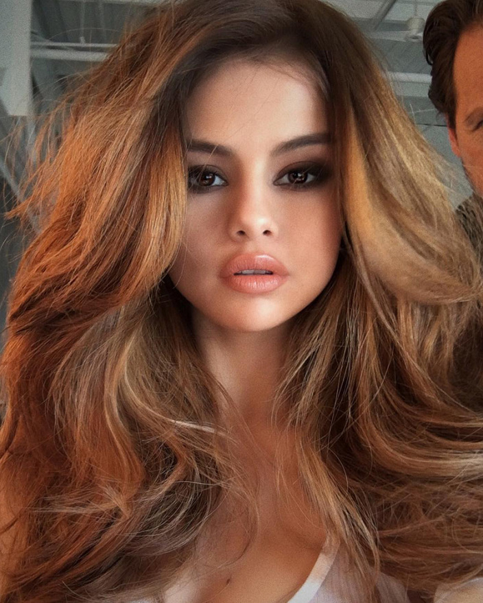 Blowout Hairstyle | Best Hairstyles And Haircuts For Women And Men With Regard To Perfect Blow Out Hairstyles (View 20 of 25)