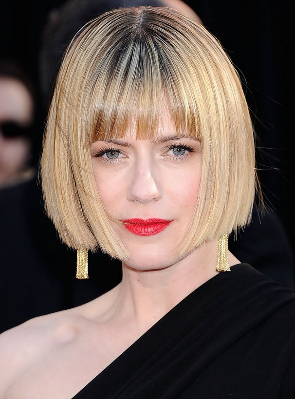 Celebrity Short Straight Bob Haircut With Blunt Bangs – Hairstyles With Straight Bob Hairstyles With Bangs (View 13 of 25)