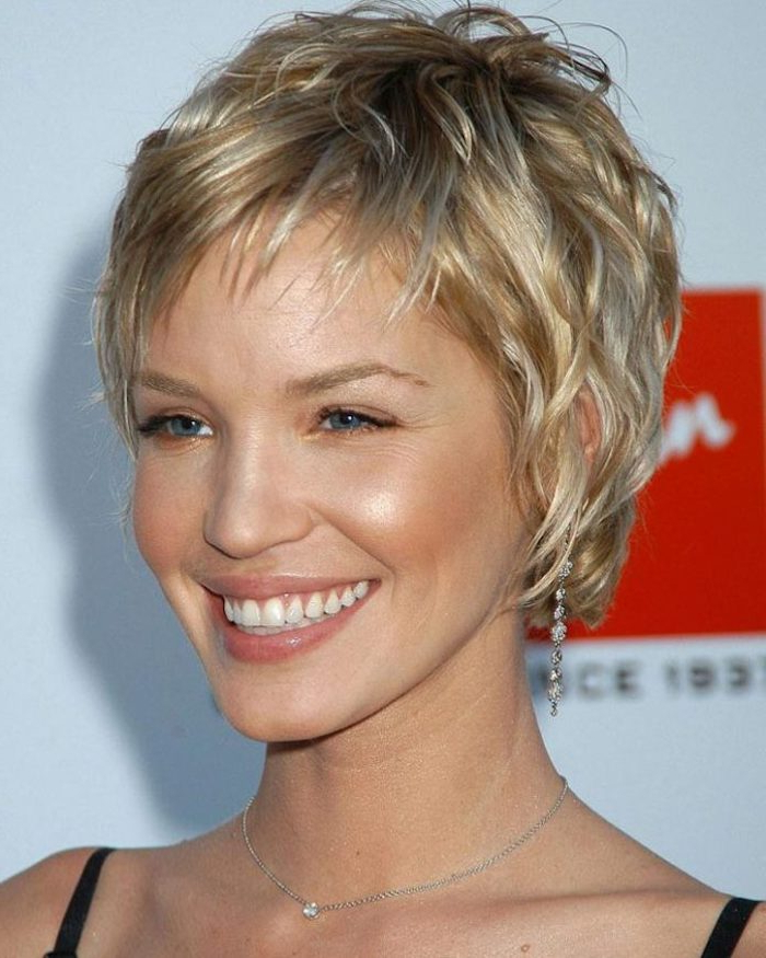 ?1001 + Ideas For Stunning Medium And Short Hairstyles For Fine Hair Inside Long Ash Blonde Pixie Hairstyles For Fine Hair (View 16 of 25)