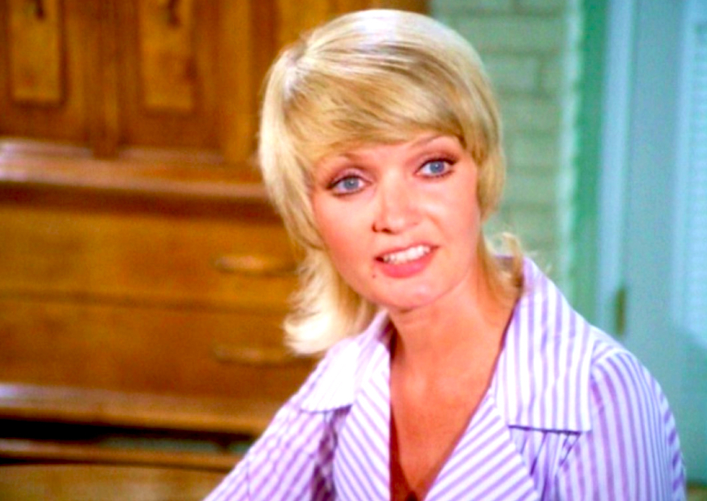 Florence Henderson Dead At 82 - The Daily Beast with Carol Brady Inspired Hairstyles