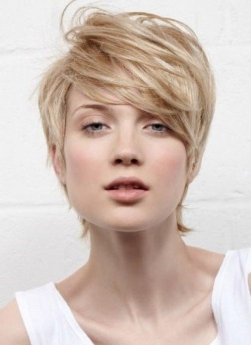 Hmm Ns , Sorta Carol Brady Maybe Slightly Shorter In Back With Carol Brady Inspired Hairstyles (View 7 of 25)