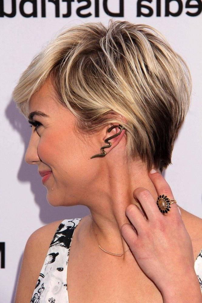 Short Dark Blonde Hair With Highlights   For Your Short Haircut Throughout Pixie Bob Hairstyles With Blonde Babylights (View 23 of 25)