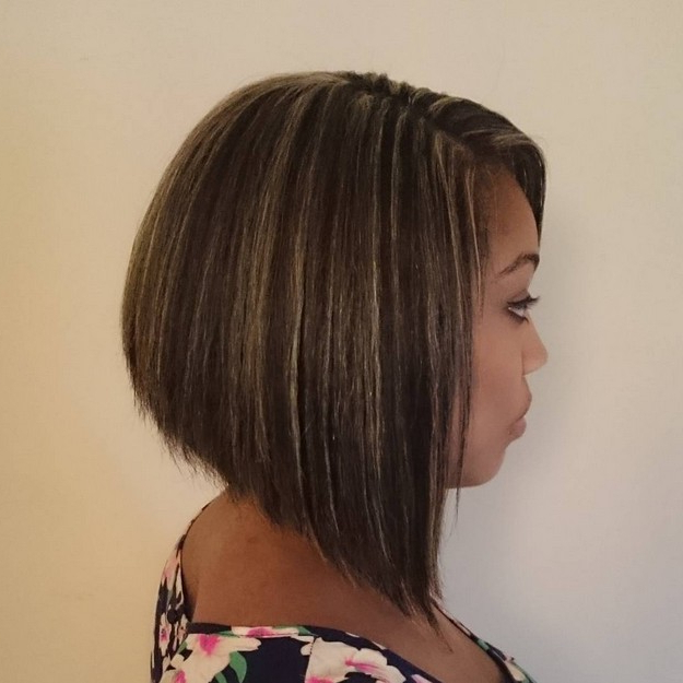 Top 21 Best Bob Hairstyles For Black Women – Pretty Designs In Brown And Blonde Graduated Bob Hairstyles (View 25 of 25)
