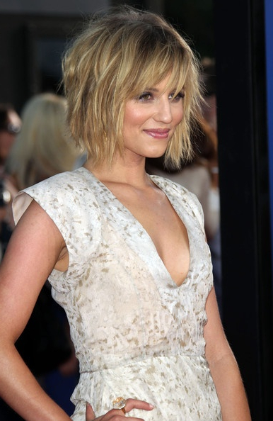 11 Pretty Mid Length Layered Haircuts For Women – Pretty Designs Regarding Most Popular Medium Layered Wavy Haircuts (View 16 of 25)
