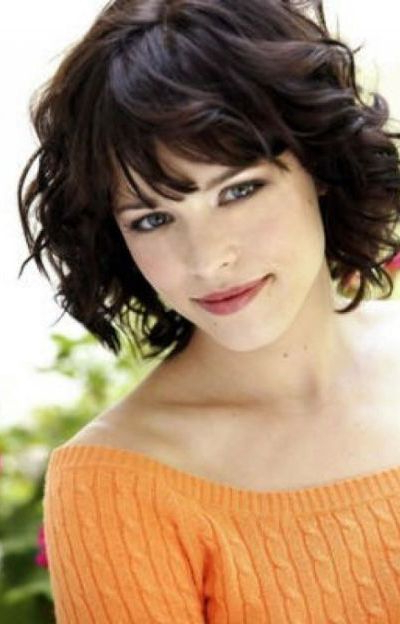 111 Amazing Short Curly Hairstyles For Women To Try In 2018 With Newest Voluminous Wavy Layered Hairstyles With Bangs (View 11 of 25)