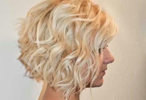 12 Stylish Bob Hairstyles For Wavy Hair – Popular Haircuts Regarding Most Recently Curly Layered Bob Hairstyles (View 9 of 25)