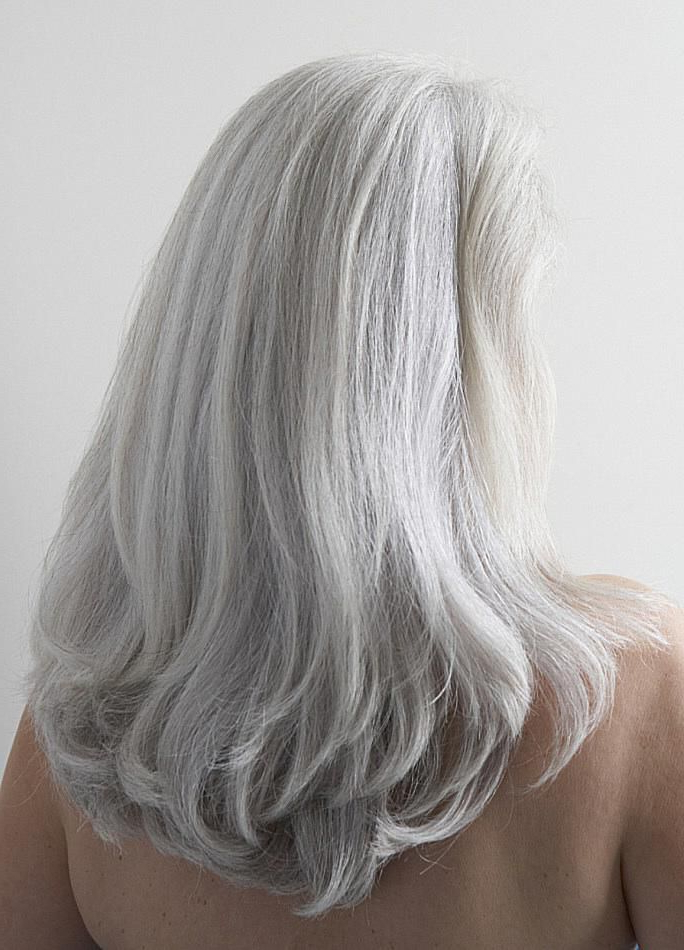 15 Gorgeous Gray Hairstyles For Women Of All Ages Inside Most Current Fringy Layers Hairstyles With Dimensional Highlights (View 22 of 25)