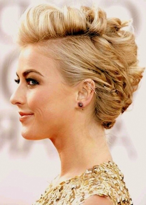 18 Pretty Updos For Short Hair: Clever Tricks With A Handful Of Regarding Unique Updo Faux Hawk Hairstyles (View 20 of 25)