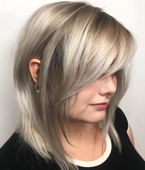 19 Hottest Layered Haircuts With Bangs For 2019 With Regard To Best And Newest Mid Length Haircuts With Side Layers (View 15 of 25)