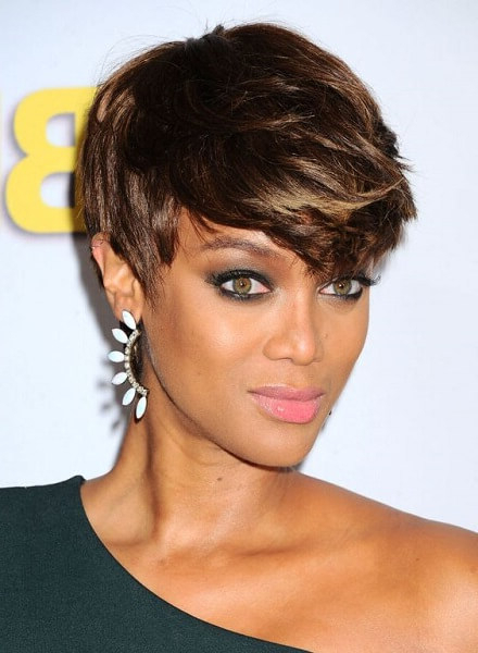 20 Celebrity Long Pixie Cut Hairstyles That You Should Steal Today With Regard To Asymmetrical Pixie Faux Hawk Hairstyles (View 20 of 25)