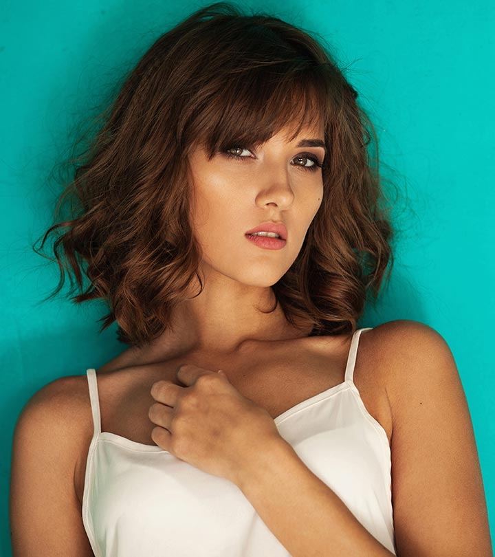 20 Hairstyles With Side Swept Bangs That Will Sweep You Off Your Feet Intended For Best And Newest Brunette Feathered Bob Hairstyles With Piece Y Bangs (View 10 of 25)