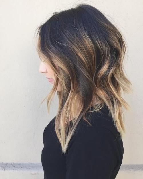 20 Lovely Medium Length Haircuts For 2019: Meidum Hair Styles For Women Pertaining To Most Current Medium Hairstyles With Perky Feathery Layers (View 9 of 25)