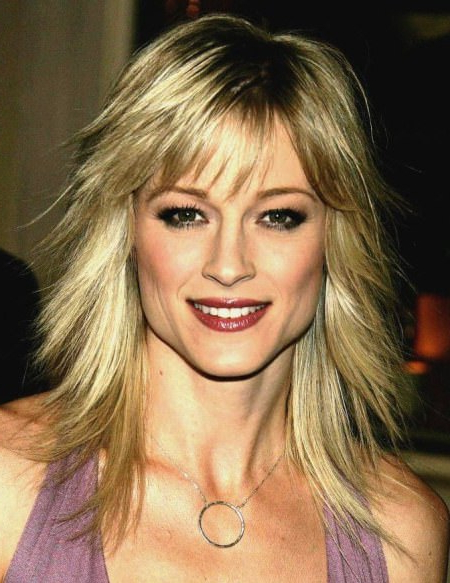 20 Stunning Medium Haircuts Inside Most Current Medium Hairstyles With Perky Feathery Layers (View 25 of 25)