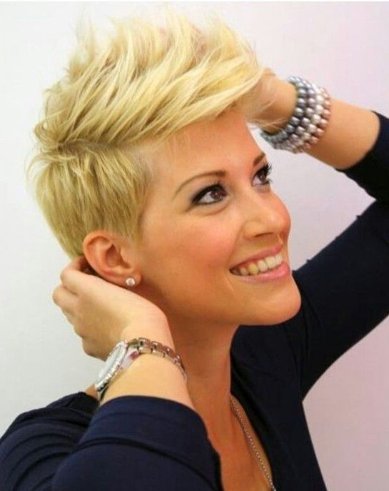 21 Easy Hairdos For Short Hair | Hairstyles | Pinterest | Short Hair Intended For Platinum Fauxhawk Haircuts (View 22 of 25)