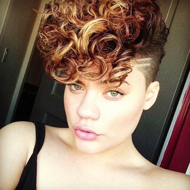 23 Most Badass Shaved Hairstyles For Women | Stayglam Hairstyles Regarding Mohawk Haircuts With Blonde Highlights (View 19 of 25)