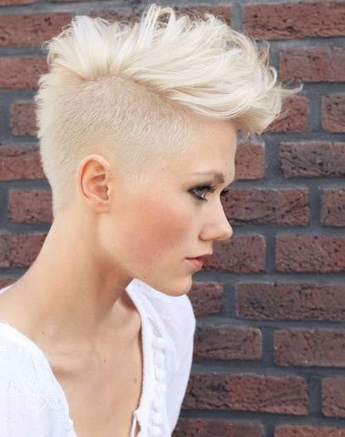 24 Edgy And Out Of The Box Short Haircuts For Women | Fohawked Inside Bleached Feminine Mohawk Hairstyles (View 2 of 25)