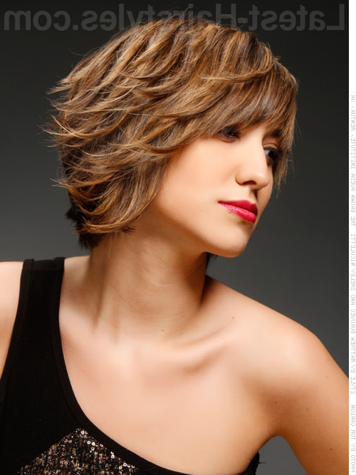 25 Chin Length Bob Hairstyles That Will Stun You In 2019 Throughout Latest Layered And Flipped Hairstyles For Medium Length Hair (View 11 of 25)