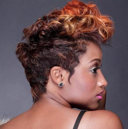 25 Exquisite Curly Mohawk Hairstyles For Girls And Women | Curly With Regard To Holograph Hawk Hairstyles (View 8 of 25)