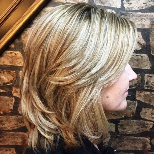 29 Sassy Medium Layered Haircuts To Look Elegantly Outstanding With Regard To 2018 Swoopy Layers Hairstyles For Voluminous And Dynamic Hair (View 22 of 25)