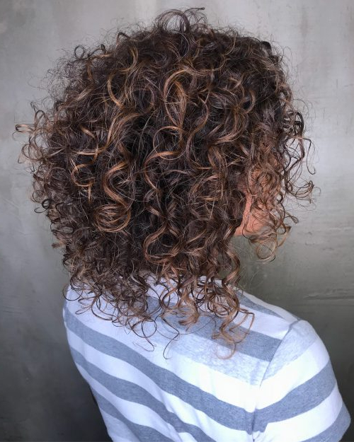 30 Gorgeous Medium Length Curly Hairstyles For Women In 2019 Regarding Most Up To Date Medium Length Cascade Hairstyles (View 20 of 25)