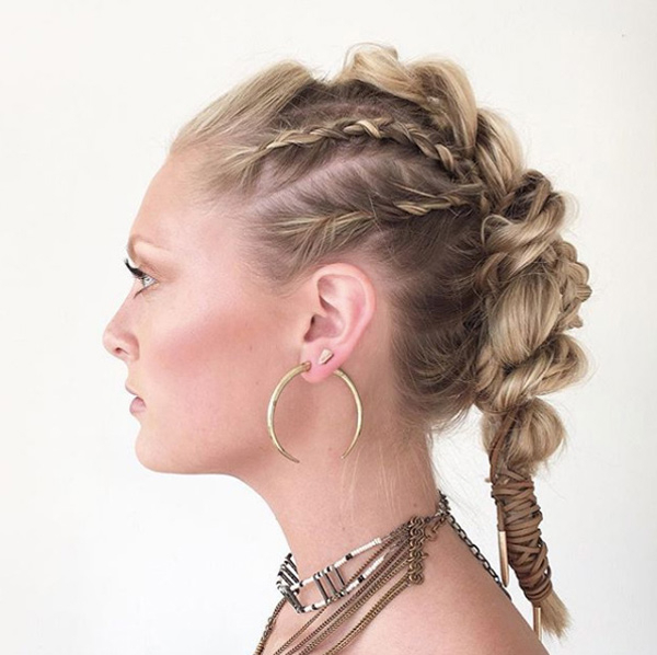 30 Stunning And Stylish Mohawk Updos – Style Skinner Inside Stunning Silver Mohawk Hairstyles (View 18 of 25)