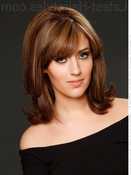 34 Greatest Short Haircuts And Hairstyles For Thick Hair For 2019 Throughout Current Layered, Flipped, And Tousled Hairstyles (View 7 of 25)