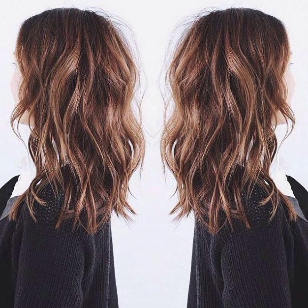 35 Wavy Medium Length Layered Hairstyles 2018   Hairstyle Guru Pertaining To Most Current Medium Layered Wavy Haircuts (View 13 of 25)