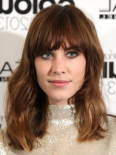 39 Fringe Hair Cuts For 2019 – Women's Hairstyle Inspiration With Latest Feathered Brunette Lob Haircuts (View 24 of 25)