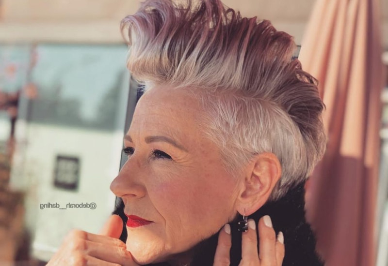 39 Youthful Short Hairstyles For Women Over 50 (With Fine & Thick Hair) In Whipped Cream Mohawk Hairstyles (View 23 of 25)