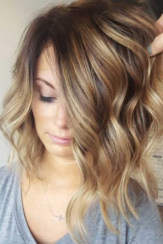 43 Superb Medium Length Hairstyles For An Amazing Look – My Stylish Zoo Throughout Most Up To Date Swoopy Layers Hairstyles For Voluminous And Dynamic Hair (View 7 of 25)