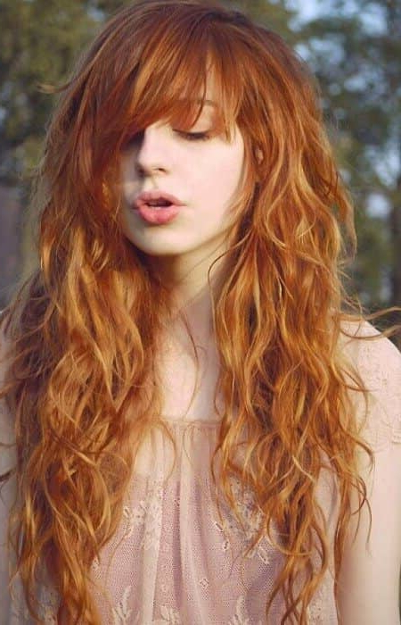 50 Fresh Hairstyle Ideas With Side Bangs To Shake Up Your Style Regarding Most Up To Date Layered, Flipped, And Tousled Hairstyles (View 15 of 25)
