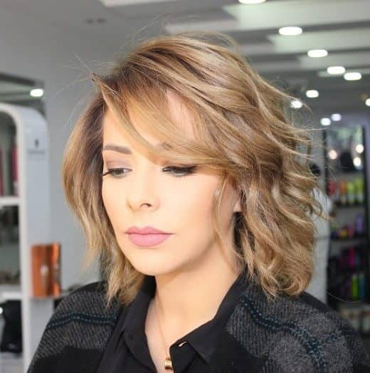 50 Fresh Hairstyle Ideas With Side Bangs To Shake Up Your Style Within Newest Voluminous Wavy Layered Hairstyles With Bangs (View 3 of 25)