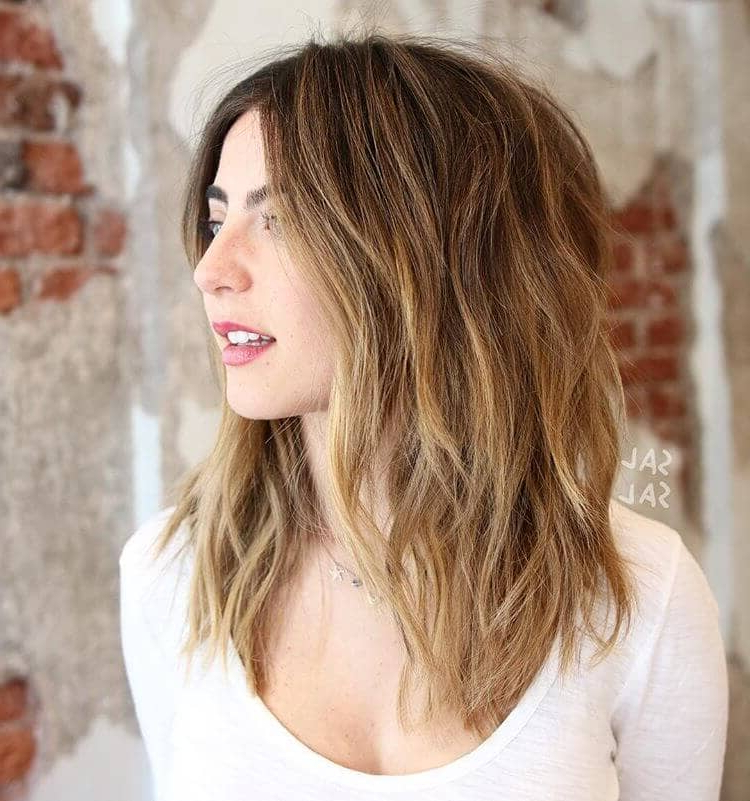 50 Pretty Chic Medium Lenght Hairstyles For 2018 With Regard To Best And Newest Shoulder Length Haircuts With Jagged Ends (View 24 of 25)