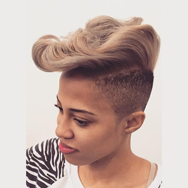 50 Short Hairstyles For Black Women | Stayglam For Mohawk Haircuts With Blonde Highlights (View 18 of 25)