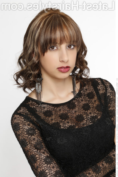 53 Popular Medium Length Hairstyles With Bangs In 2019 Intended For Most Popular Medium Hairstyles With Layered Bottom (View 16 of 25)