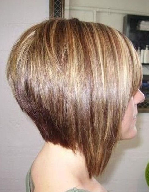 55 Super Hot Short Hairstyles 2017 – Layers, Cool Colors, Curls, Bangs Within Newest Point Cut Bob Hairstyles With Caramel Balayage (View 22 of 25)