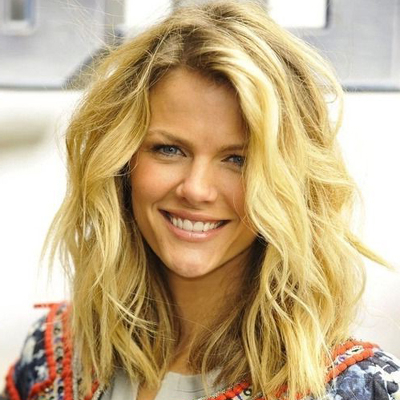 6 Secrets To The Best Haircut For Beach Waves And Wavy Lobs Within Most Recent Long Layers For Messy Lob Hairstyles (Gallery 22 of 25)