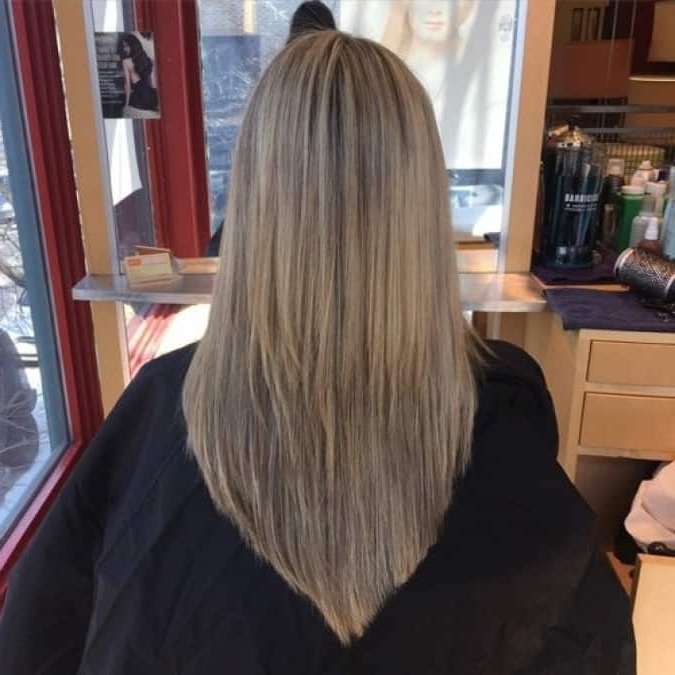 6 Unbeatable 'v' Shape Haircuts For Women [2019] With 2018 Shoulder Length Haircuts With Long V Layers (Gallery 20 of 25)