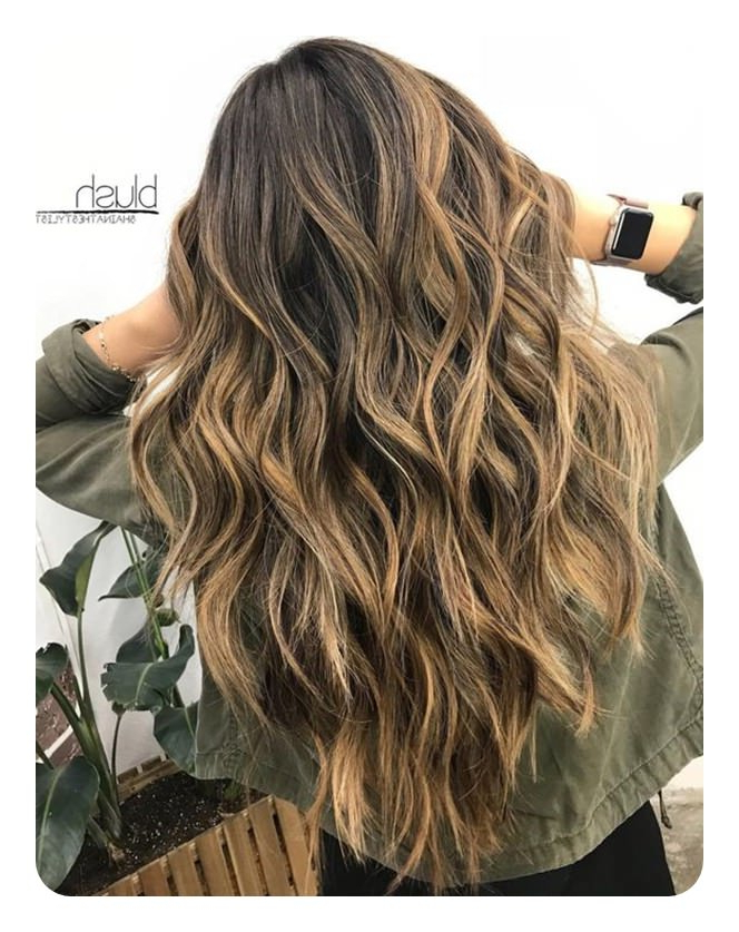 60 V Cut And U Cut Hairstyles To Give You The Right Angle For Most Current Shoulder Length Haircuts With Long V Layers (View 8 of 25)