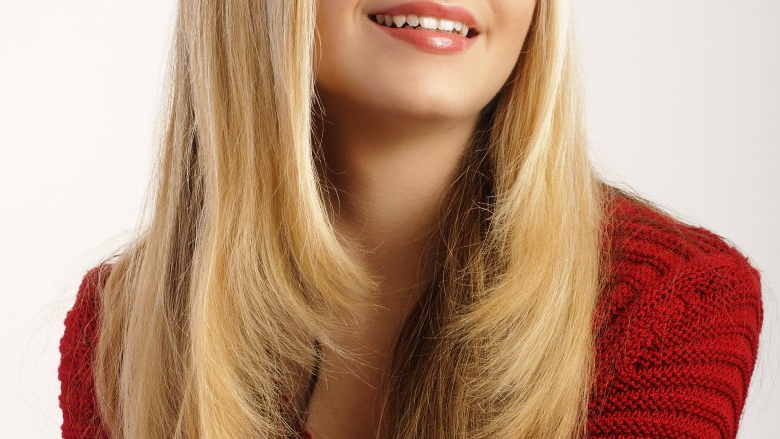 7 Haircuts You Should Get And 7 You Shouldn't Within Recent Shoulder Length Haircuts With Long V Layers (Gallery 15 of 25)