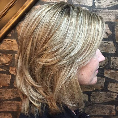 70 Brightest Medium Layered Haircuts To Light You Up | Brown Blonde For Most Popular Brown And Blonde Feathers Hairstyles (Gallery 2 of 25)