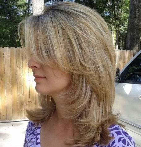 70 Brightest Medium Layered Haircuts To Light You Up | Hair Regarding Recent Medium Hairstyles With Perky Feathery Layers (View 15 of 25)