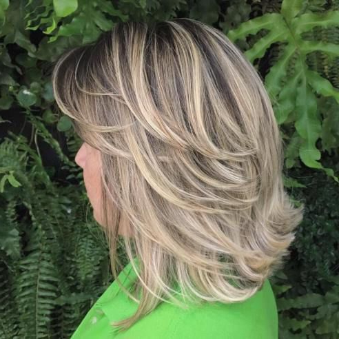 70 Brightest Medium Layered Haircuts To Light You Up In 2018 With Regard To Current Flipped Lob Hairstyles With Swoopy Back Swept Layers (Gallery 1 of 25)