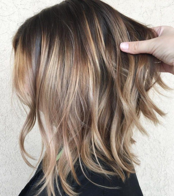 70 Perfect Medium Length Hairstyles For Thin Hair | Hair Stuff In Most Recent Caramel Lob Hairstyles With Delicate Layers (Gallery 13 of 25)