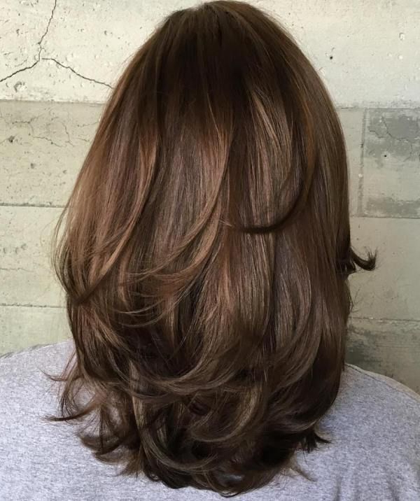 80 Sensational Medium Length Haircuts For Thick Hair | Hair Styles For Latest Swoopy Layers Hairstyles For Voluminous And Dynamic Hair (View 23 of 25)