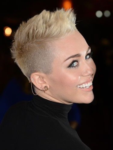 87 Cute Short Hairstyles—And How To Pull Them Off | Hair Ideas Regarding Mohawk Hairstyles With Length And Frosted Tips (View 2 of 25)