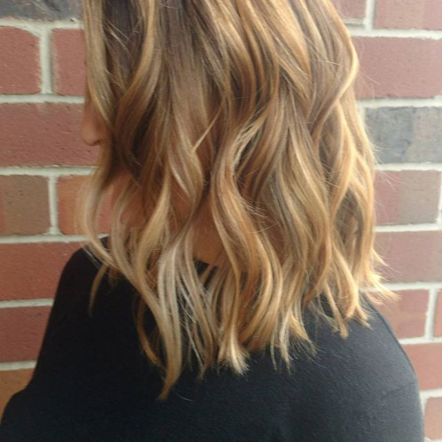 Elegant Balayage Highlights Blonde Carmel Caramel Long Bob Lob With Most Recently Two Tier Caramel Blonde Lob Hairstyles (View 9 of 25)