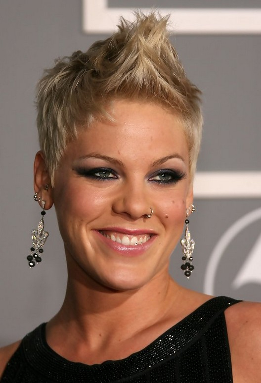Fauxhawk For Women | Styles Weekly pertaining to Platinum Fauxhawk Haircuts