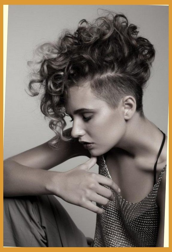 Feminine Mohawk Hairstyles For Women Look Exotic With Amazing Long Intended For Mohawk Hairstyles With Vibrant Hues (View 15 of 25)